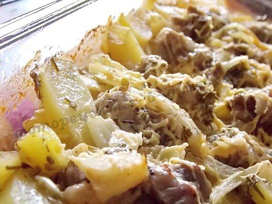 Картошка с мясом в сметане в духовке