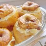 запекаем яблоки с творогом в духовке