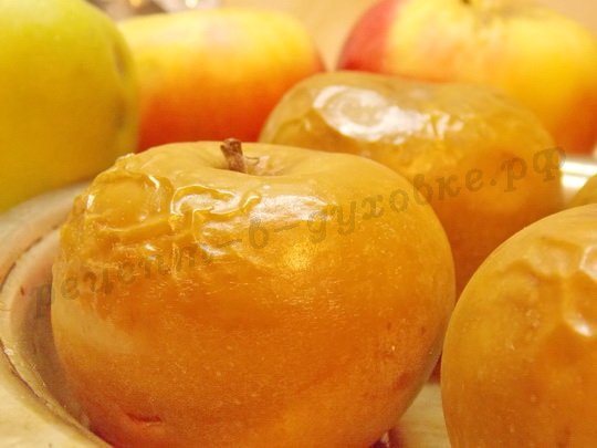 яблоки печёные в духовке