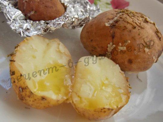 картошка с травами, оливковым маслом и чесноком