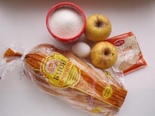 ингредиенты для горячих бутербродов с яблоком