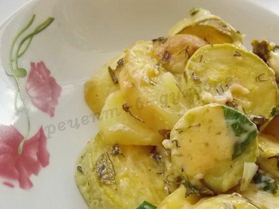 запечённые кабачки с картошкой и курицей