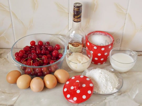 ингредиенты для клафути с вишнями