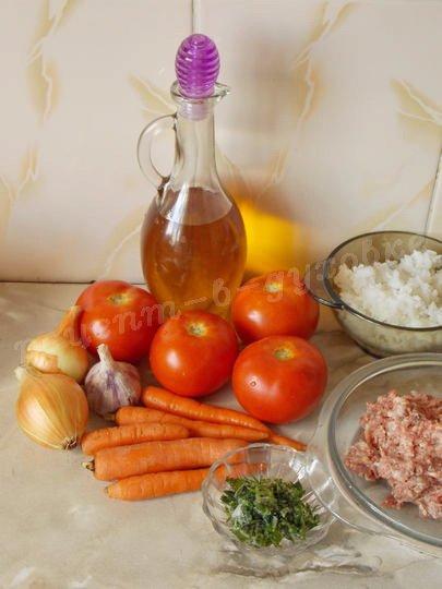ингредиенты для помидоров с фаршем и рисом