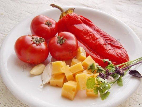 приготовление брускетты с болгарским перцем и сыром