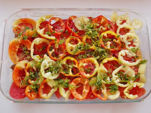 как приготовить говядину под овощами