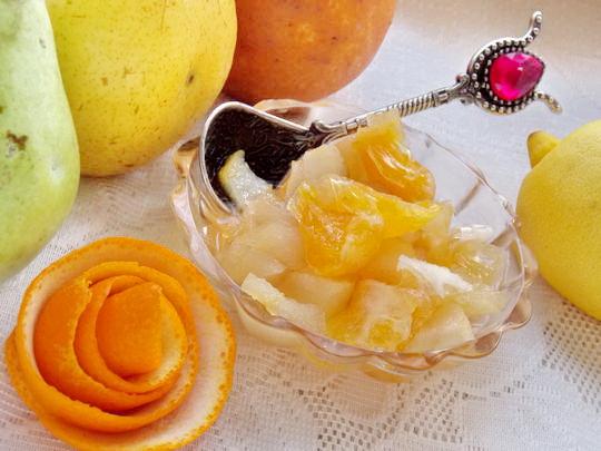 фруктовый десерт в горшочках