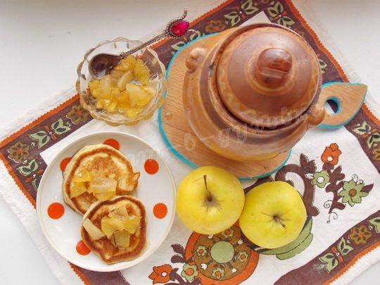оладьи с яблочным десертом