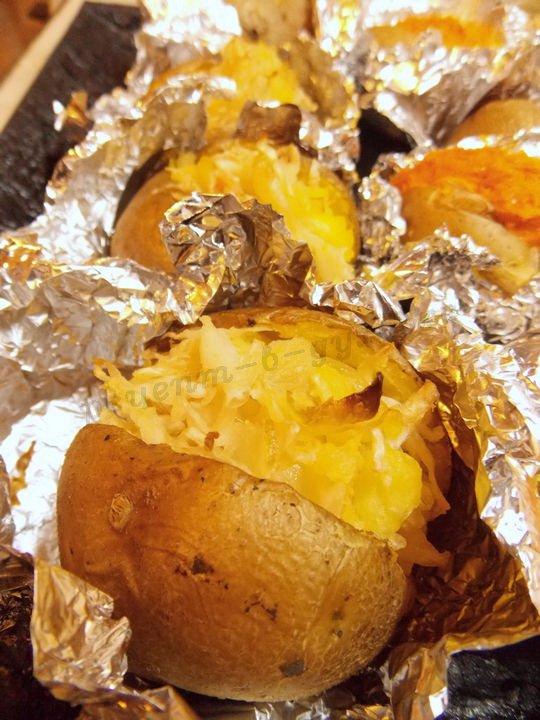 печёный картофель с начинкой