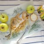 скумбрия с яблоками