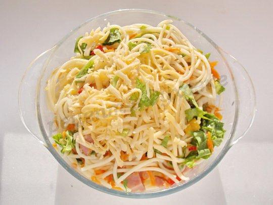 смешиваем со спагетти