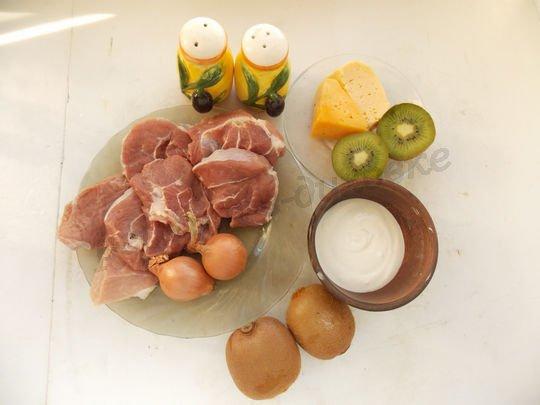 ингредиенты для свинины с киви