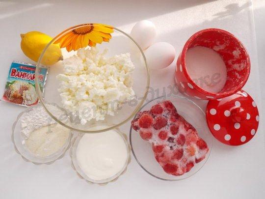 ингредиенты для творожно-клубничного пудинга
