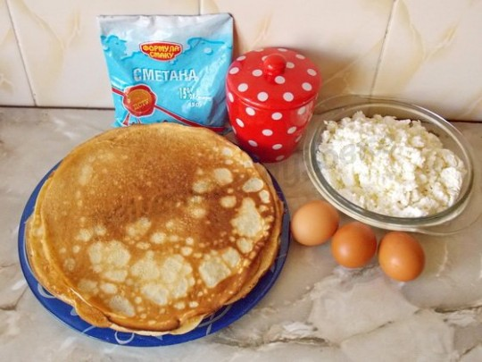 ингредиенты для блинного пирога с творогом