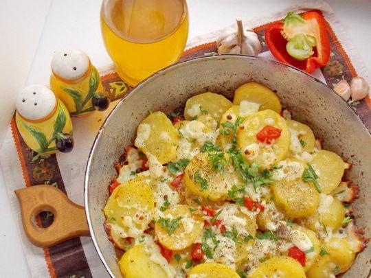 запекаем картошку по-гречески