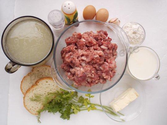 ингредиенты для фрикаделек с подливкой