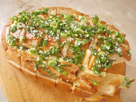 хлеб в духовке с начинкой