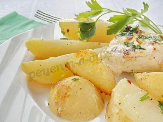 Куриная грудка, запечённая с молодой картошкой