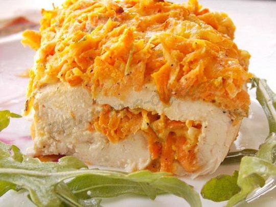 рулетик с морковкой из куриного филе