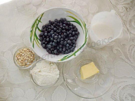 ингредиенты для черничного крамбла