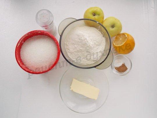 ингредиенты для крамбла с яблоками
