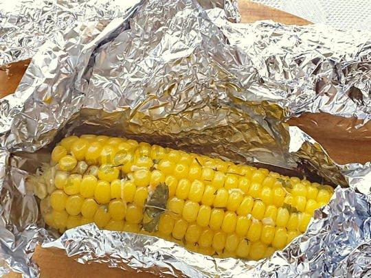 как запечь кукурузу в фольге