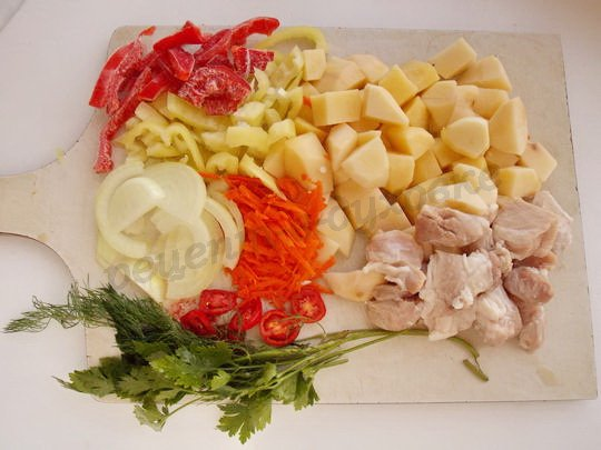 нарежем овощи и мясо
