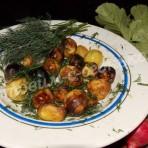 молодая картошка на костре