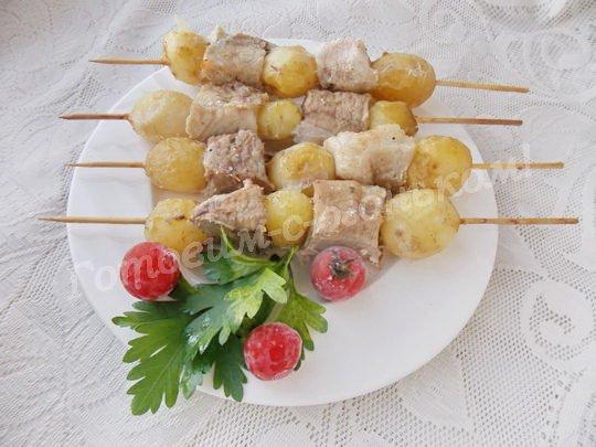 шашлык с молодой картошкой в духовке