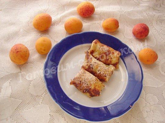 запечённые блинчики с абрикосами