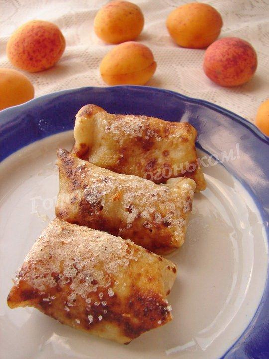 блинчики со свежими абрикосами